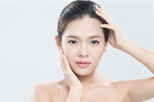 护肤步骤的正确步骤,敏感肌的你是哪个版本呢?