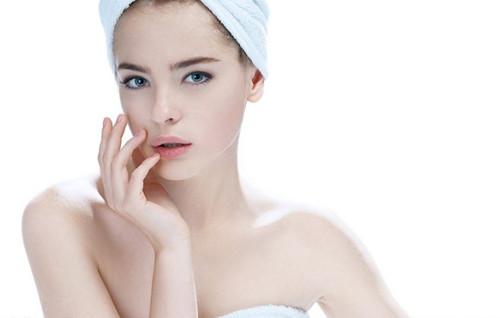敏感肌如何选择面霜?保湿效果好,看起来年轻几岁