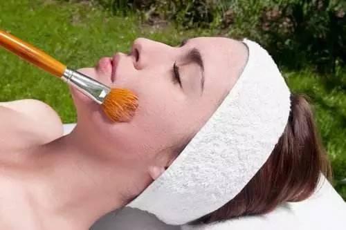 护肤的猛药刷酸,适合什么肤质?敏感肌是否适合