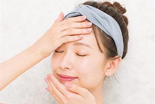 敏感肌肤保湿,面霜选择攻略,源自护肤帮你揭秘