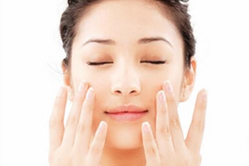 敏感肌肤护理有哪些守则?呵护肌肤恢复健康