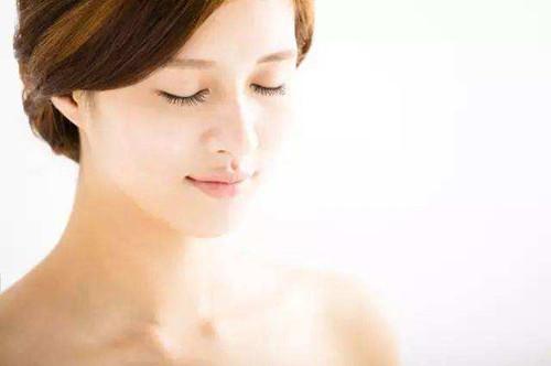敏感肌肤能用抗老安瓶吗?会让敏感的状况加重吗?