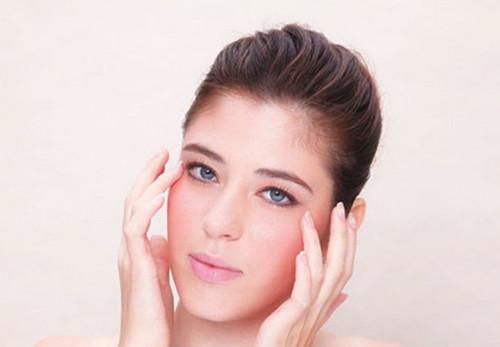 敏感肌肤一定不能做的事,小心应对,恢复健康肌肤