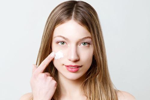 面霜的成分有哪些?敏感肌肤应该如何选择面霜?