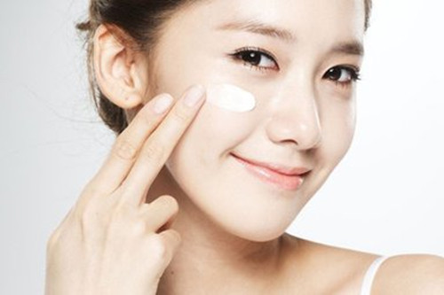 敏感肌肤洁面的误区有哪些?日常需要注意什么?
