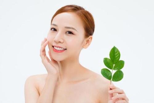 冻干粉可以修复红血丝吗?这类敏感性肌肤有哪些禁忌?