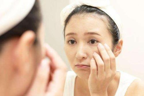 敏感肌肤都有哪些特征?适合做小气泡吗?
