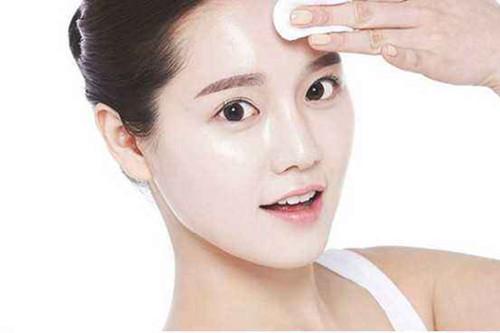 夏季油性皮肤怎么护理?擦亮眼睛,选对产品很重要