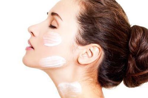 敏感肌如何使用防晒霜?秋季防晒一样不可忽视