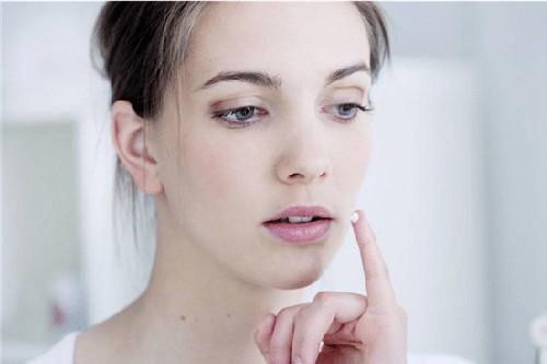 长期使用敏感肌护肤品好吗?温和的护肤,更适合你