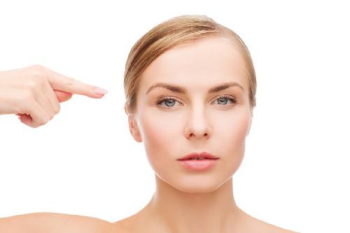 干性肤质和敏感肌肤质有什么不同?温和护理,肌肤恢复健康